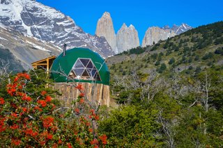 Soak Up the Magic of Patagonia at This Eco-Friendly Geodesic Dome Retreat - Photo 5 of 12 -