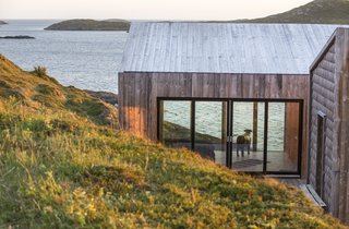Grab Your Friends and Escape to a Remote Cabin Cluster on a Norwegian Island - Photo 4 of 11 -