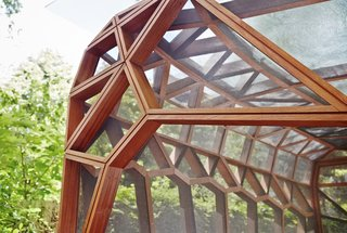 This Prefab Backyard Pavilion Mimics a Dragonfly's Wings - Photo 3 of 7 -
