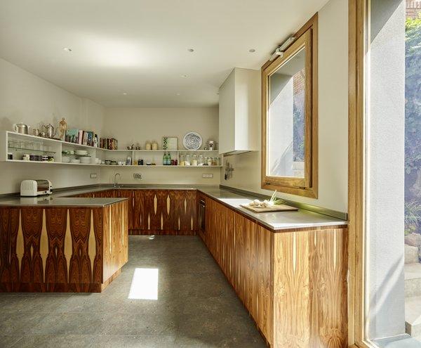 Creueta House-Kitchen.