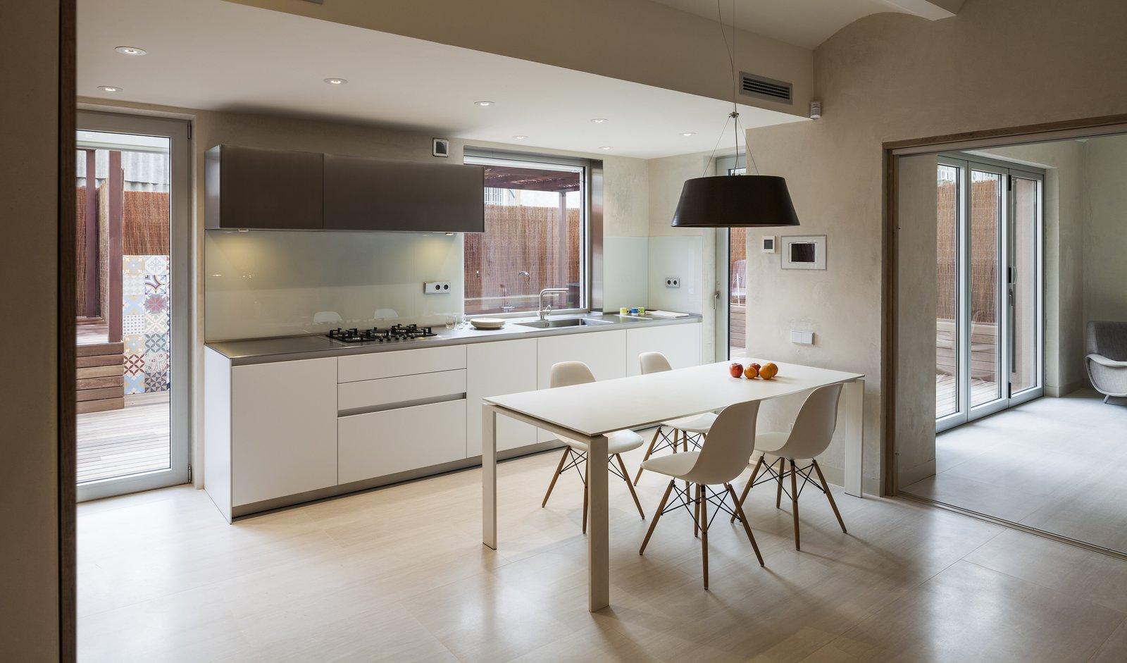 Duplex in Gracia-open kitchen
