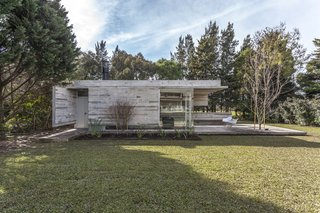 Top 5 Homes of the Week That Rock Their Concrete Features - Photo 2 of 5 -