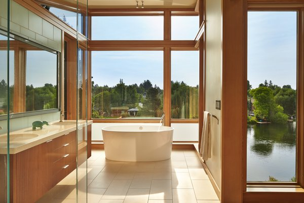 Master Bath with freestanding tub overlooking Deschutes River
