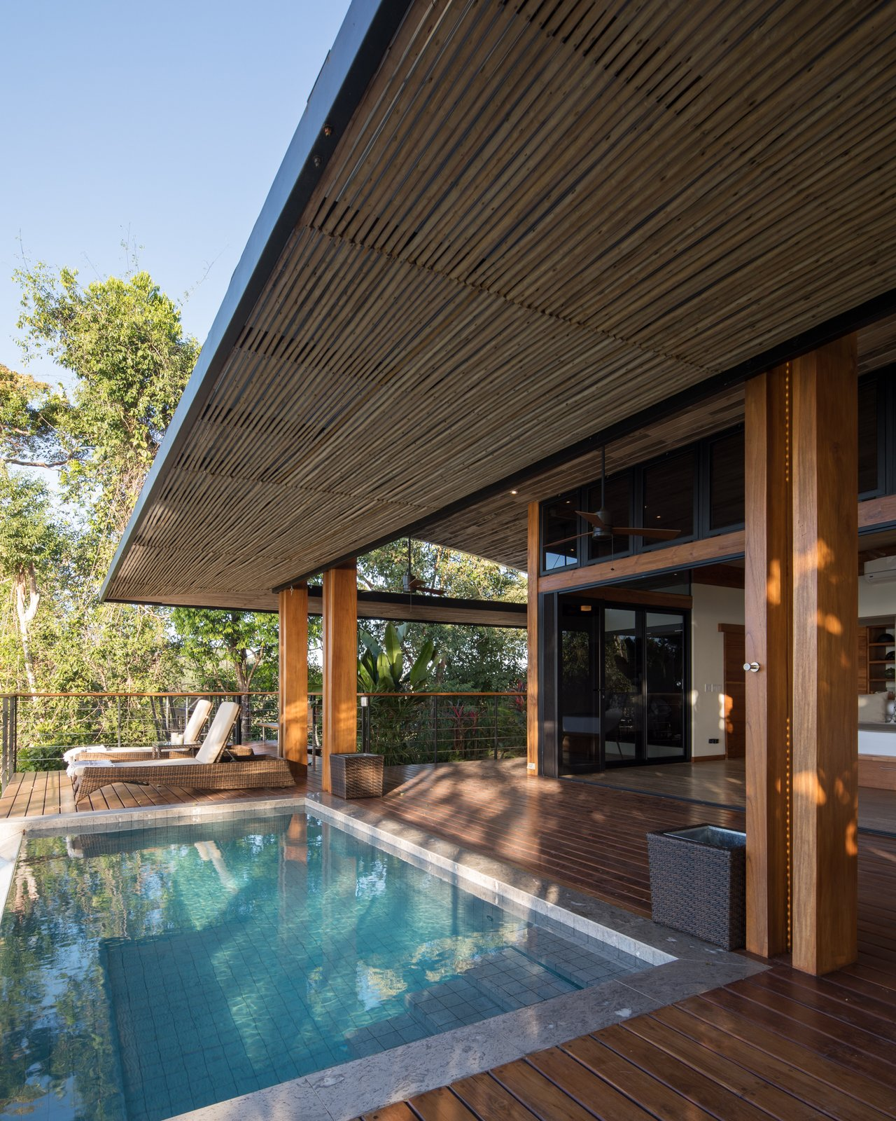 Pool an deck